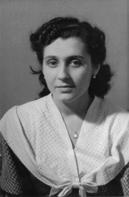 Montserrat Creus de Requesens, mi madre